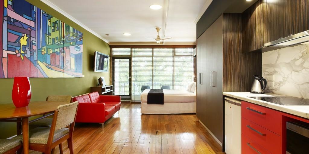 Studio.Suite.332_01